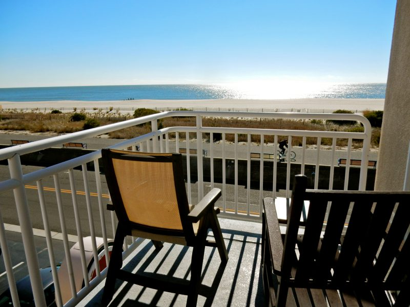 ocean-view-balcony-montreal-beach-resort-cape-may-nj