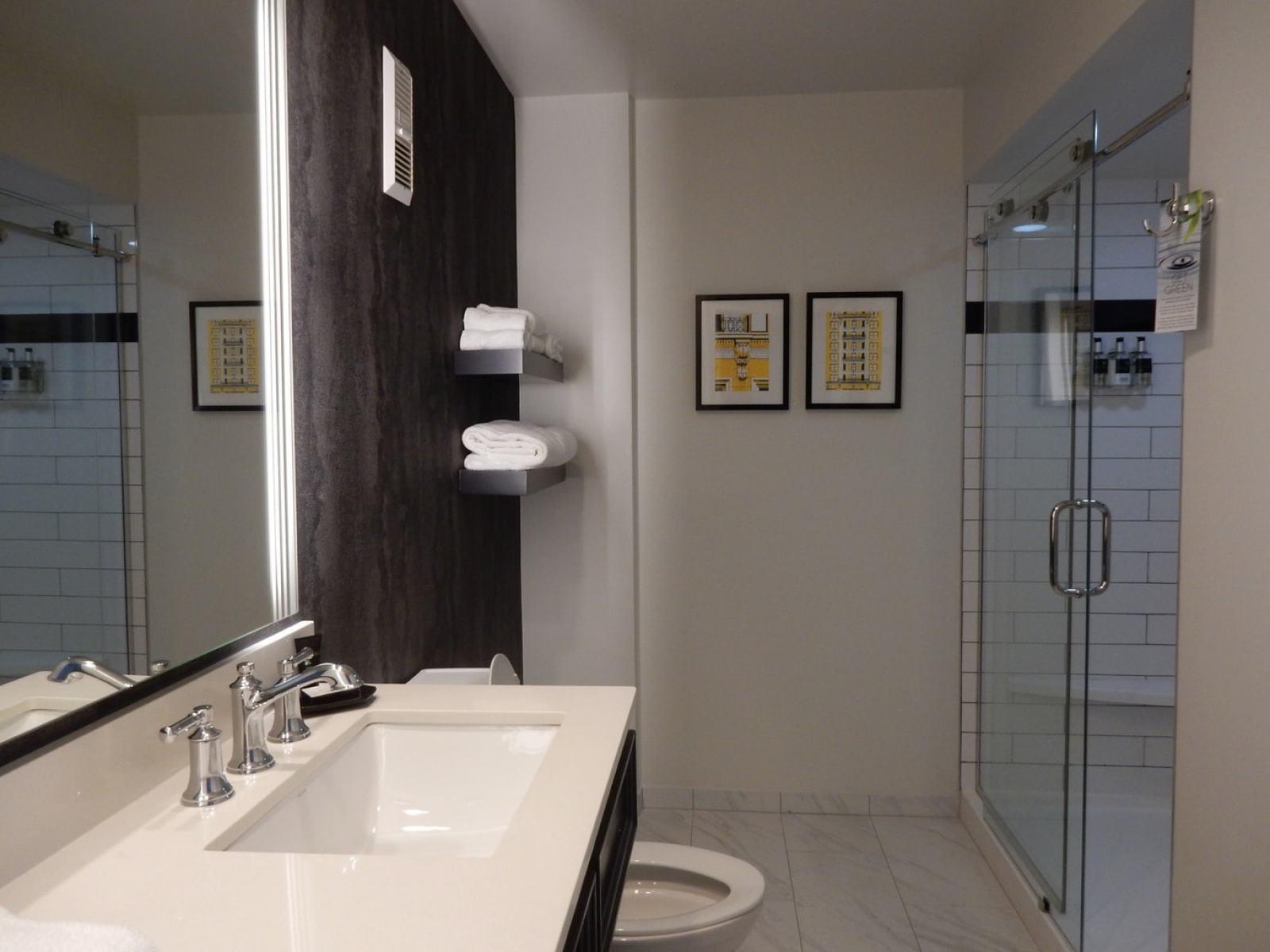 Bathroom The Commonwealth Hotel Richmond VA