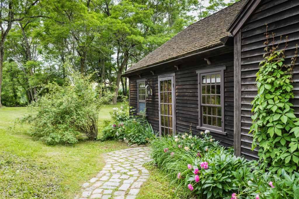 Hudson Valley Rose Cottage