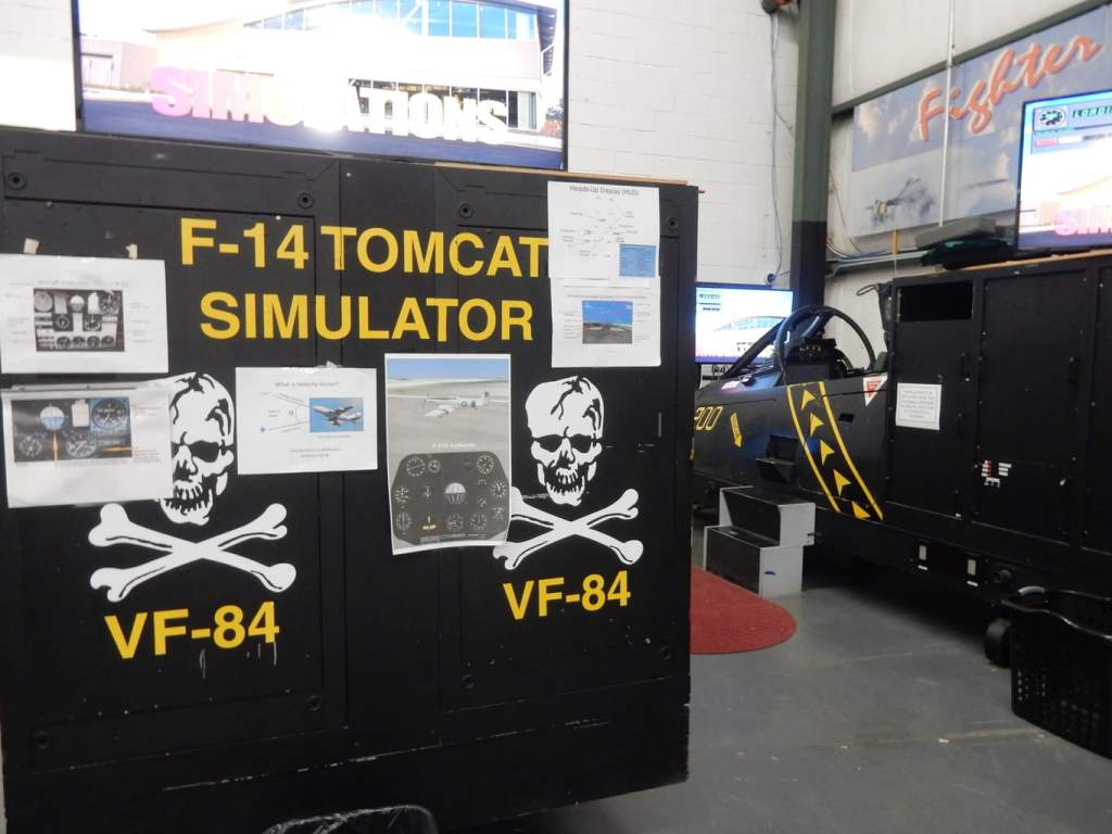 Vintage F-14 cockpit simulator at PAX River Naval Air Museum