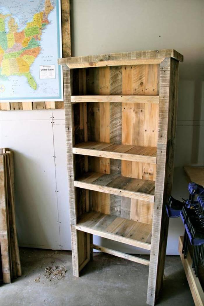 Marvelous pallet table ideas #diybookshelfpallet #bookshelves #storageideas