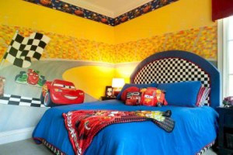 Striking girls bedroom lamp #kidsbedroomideas #kidsroomideas #littlegirlsbedroom