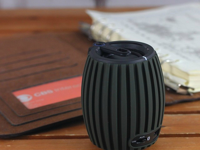 Philips SoundShooter Wireless BT Portable Speaker