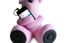 Sungale Teddy Bear Portable Speakers for iPhone