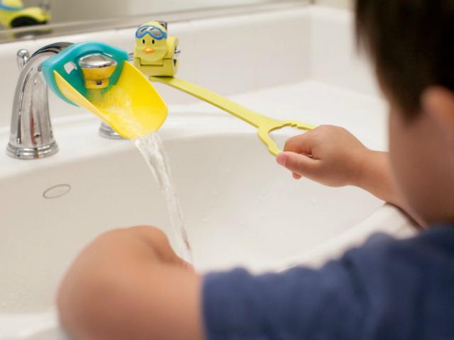 Aqueduck Faucet Handle Extender