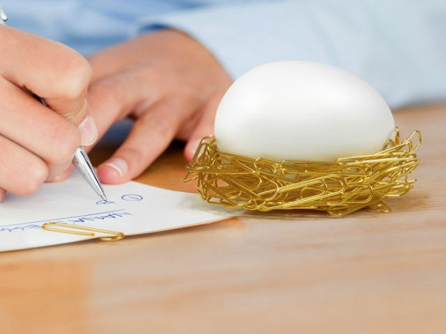 Desk Egg – Cozy Nest for Paper Clips