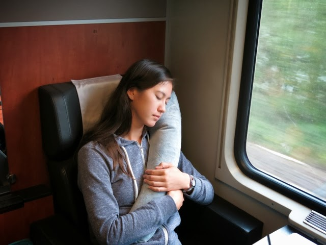 Travelrest – The Ultimate Inflatable Travel Pillow