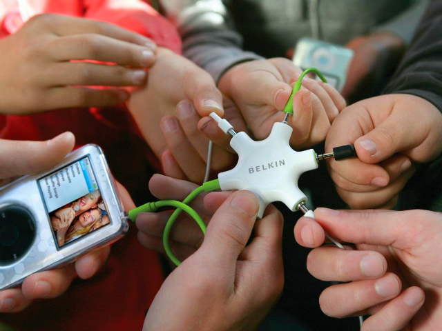 Mix and Share with Belkin RockStar 5-Way Splitter