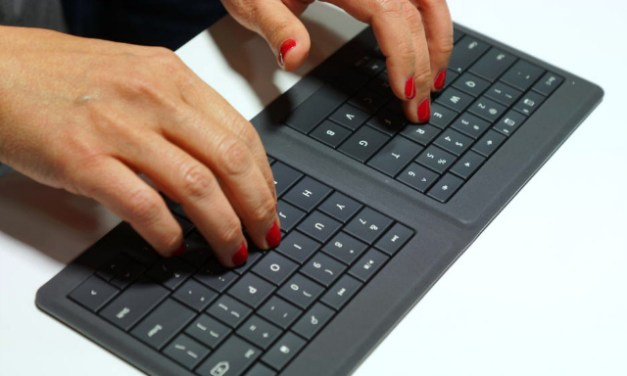 Microsoft Universal Foldable Keyboard – the Perfect Travel Companion