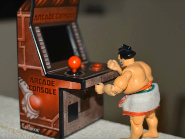 Tiny Cyber Arcade Packs 240 Classic Games