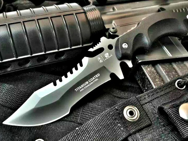 HX Outdoors Tactical Fixed Edge Knife