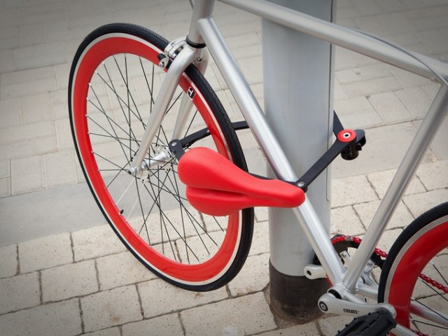 Seatylock Turns your Saddle into a Bike Lock