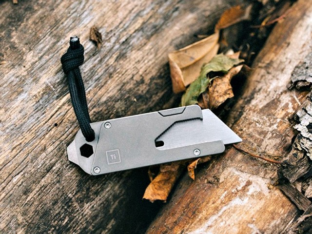 Titanium Pocket Tool lets you Do More, Carry Less