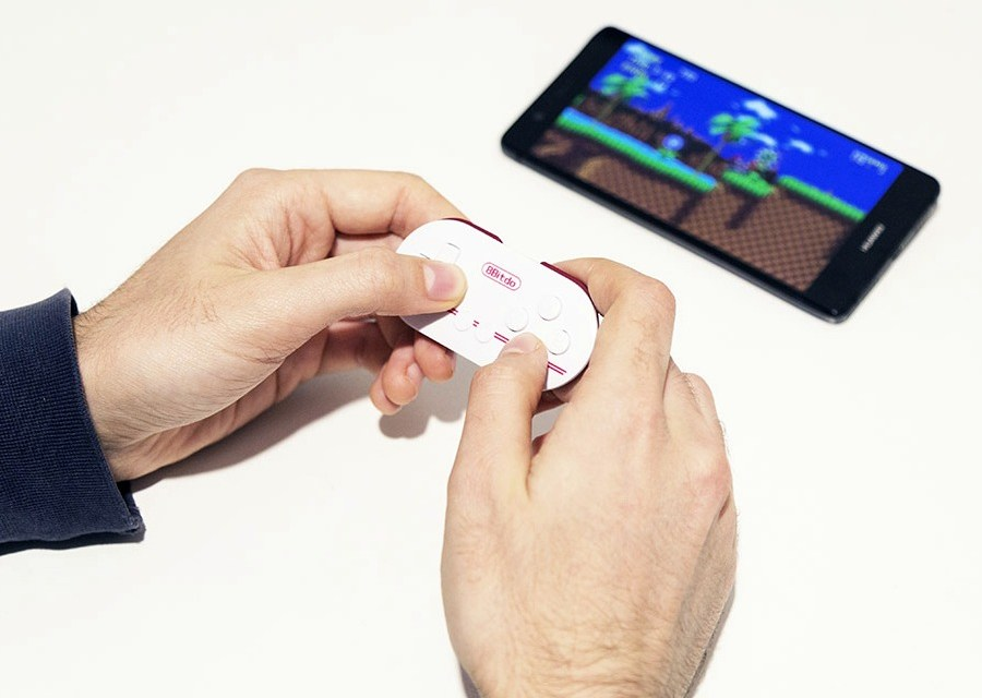 8BitDo Zero – Smallest Bluetooth Controller Ever