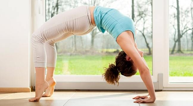 do yoga asanas: new year resolution