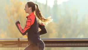 woman running first 5k