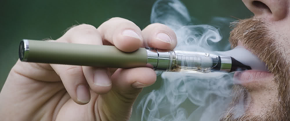 Mar How safe and healthy the electronic cigarettes are?