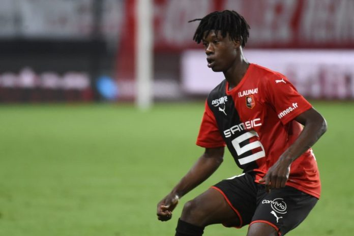 "Rennes boss Julien Stéphan on Eduardo Camavinga: ""I want him to stay for an additional season."" 
