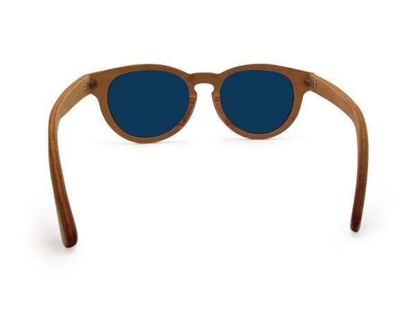 Foto van achterkant van houten zonnebril Surfer van merk foxwood