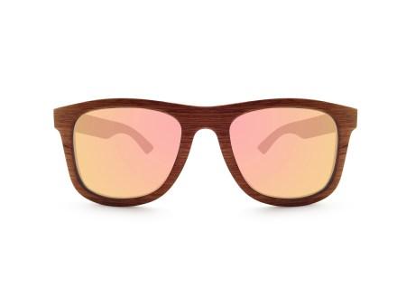 Foto van voorkant van houten zonnebril Explorer van merk foxwood