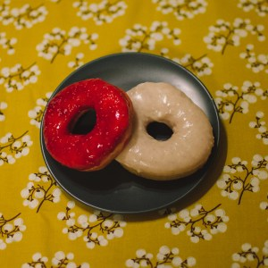 Raspberry and Vanilla glazed donuts - Paul Blart