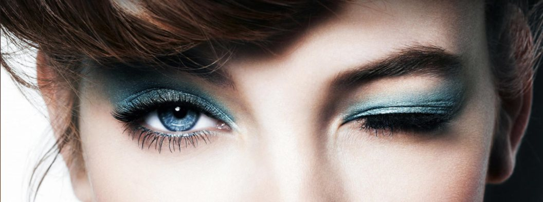 blue-eyeshadow
