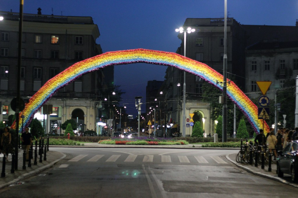 Tęcza (the Warsaw rainbow) has been a symbol of the continuing struggle in the Polish capital. Credits: Lukas Plewnia