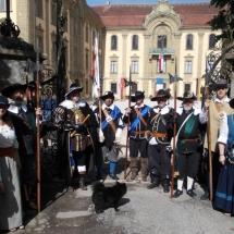 K800_2017 06 10 Gruppenbild vor dem Schloss