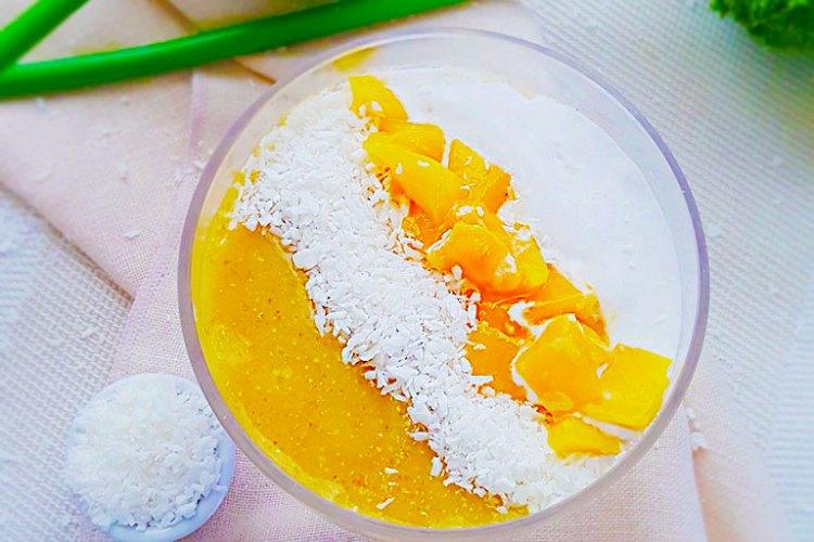 Vegan Coconut Semolina Pudding with Mango Sauce