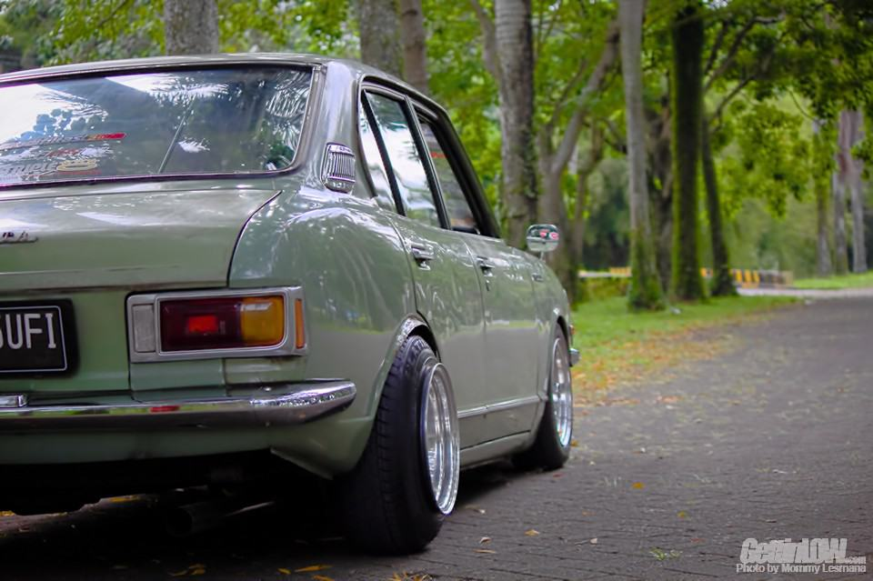 Modifikasi Retro Toyota Corolla KE20 1974