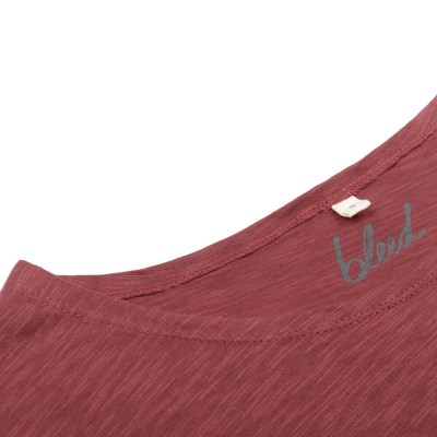 bleed-clothing-811fa-basic-t-shirt-ladies-dark-red-flame-detail-01-2