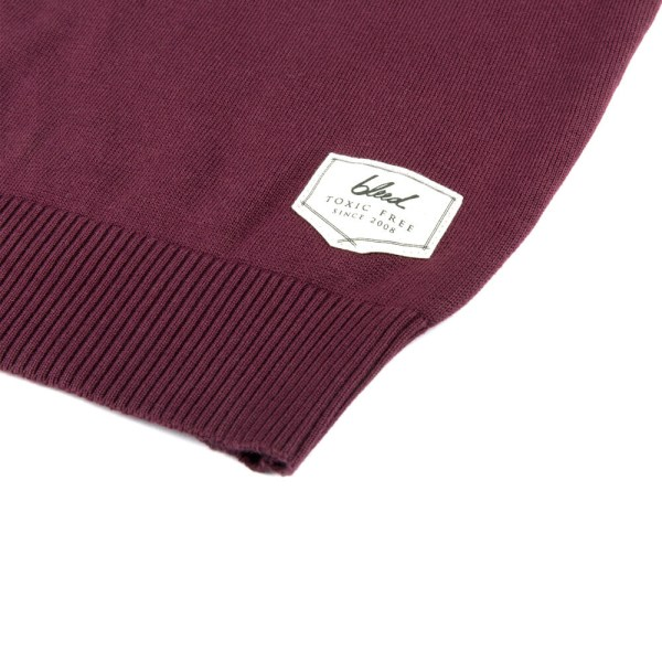 bleed-clothing-817f-knitted-jumper-red-detail-02