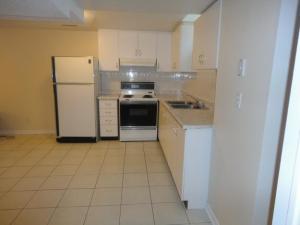 Toronto basement apartment - legal