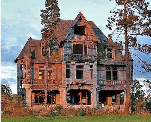 Carlton Isle Villa - $495,000