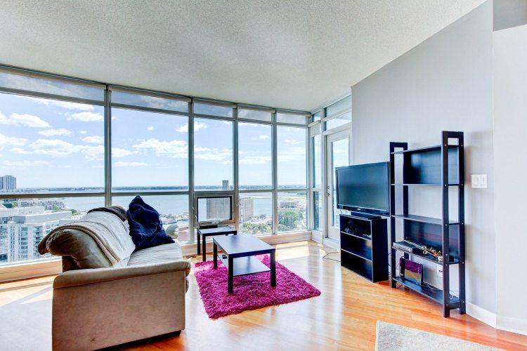 Toronto Malibu Harbourfront Condo for lease