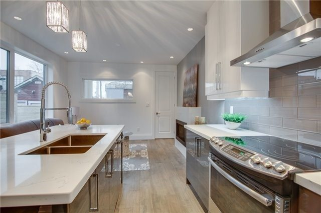 Live in Leslieville Home