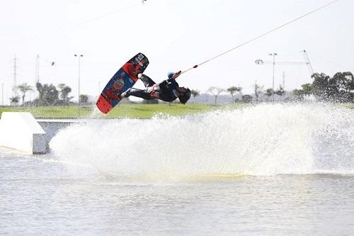 lake tlv wakeboard9