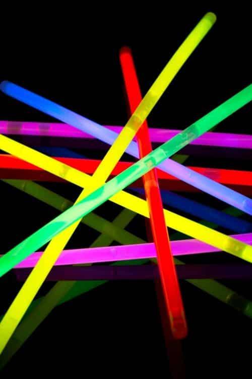Easter Egg Hunt, Glow in the dark, Glow Hunt, Light sticks, glow, fun, cool mom