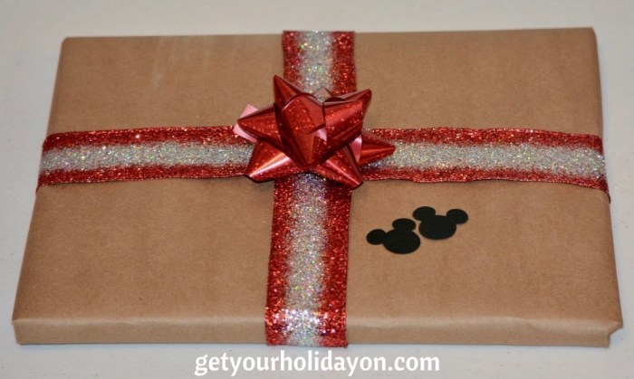 Cute Mickey Mouse DIY Gift wrap that will dress up any gift. Simple and adorable DIY present ideas.