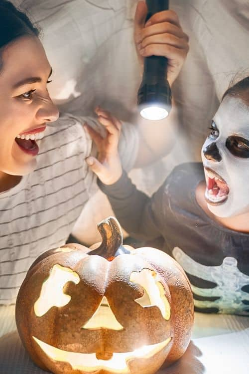Kids Halloween Game Prizes! Planning a Halloween party? We give you 101 prize ideas!