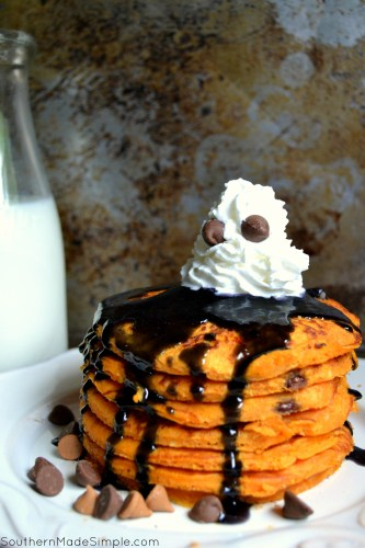 7 Foods to Make Halloween Extra Fun| Frightfully fun Halloween Pancakes for kids