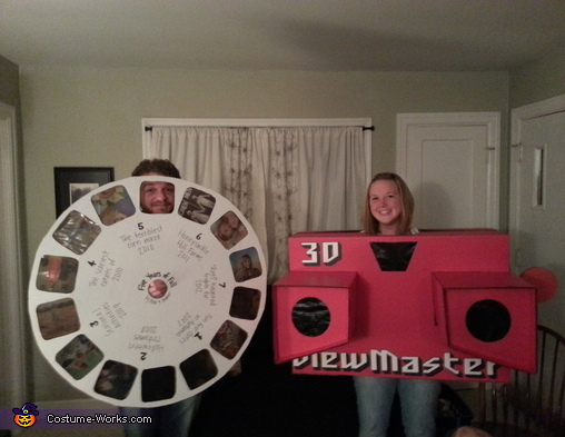 7 Halloween Couple Costume Ideas How cute is this 3D Viewmaster & Slide Reel Costume?