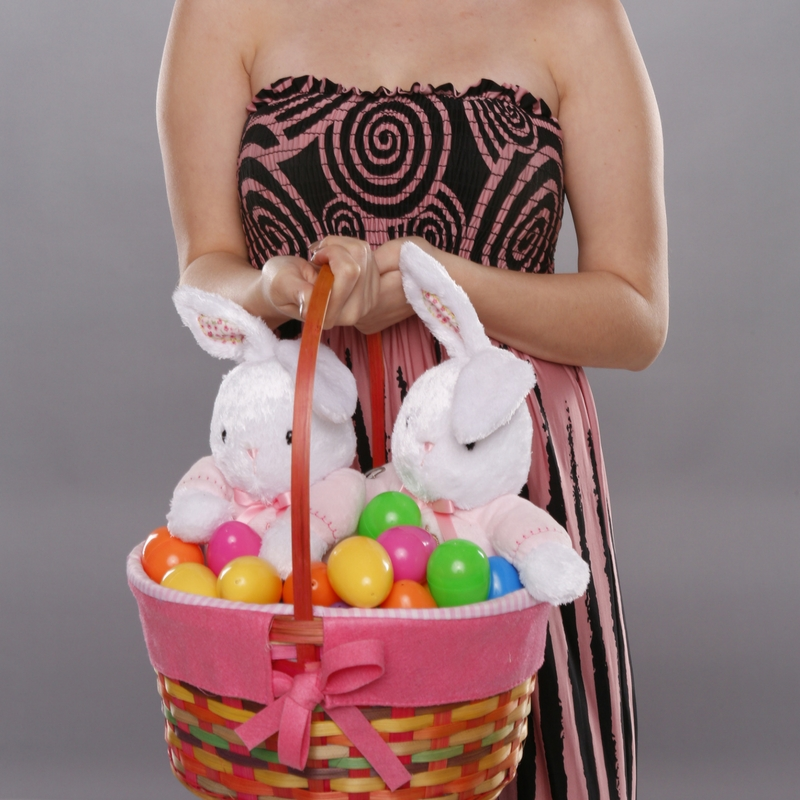 How To Host Adult Easter Egg Hunt