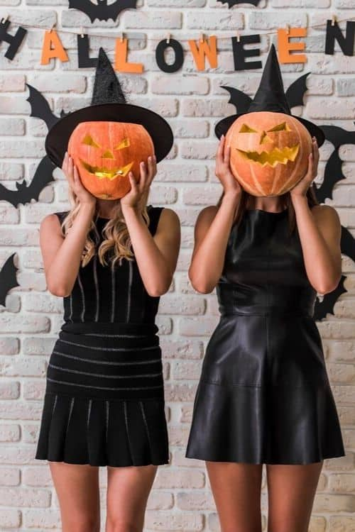 Get your halloween on with easy hashtags for Instagram, Twitter, or Pinterest!