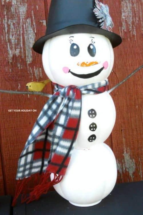 Step by Step easy DIY Recycle Snowman Craft Idea. #snowman #holidaydecor