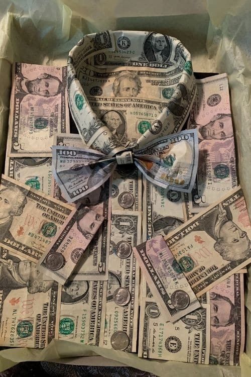 Money bow tie shirt. Gifts made from dollar bills.