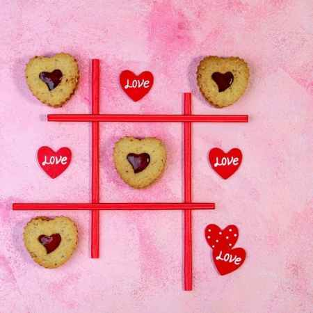 play a Valentine's Day game at home with the kids! Easy game ideas the whole family will enjoy!