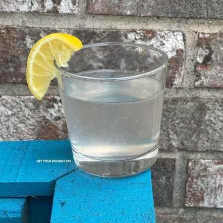 Learn how to make easy homemade lemonade like mom use to prepare.
