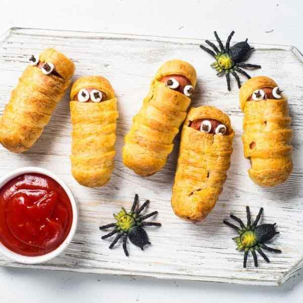 Halloween themed food ideas for fall.