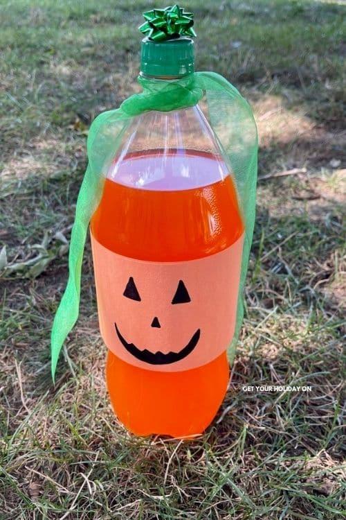 pumpkin soda craft idea using a 2 liter of orange pop